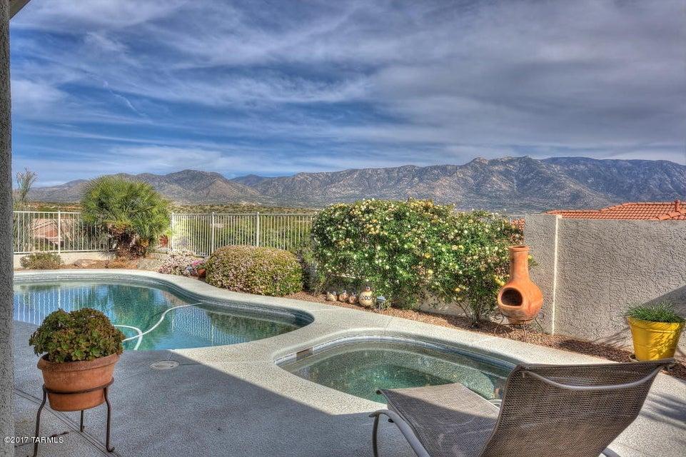 62127 E Sand Crest Drive, Tucson, AZ 85739