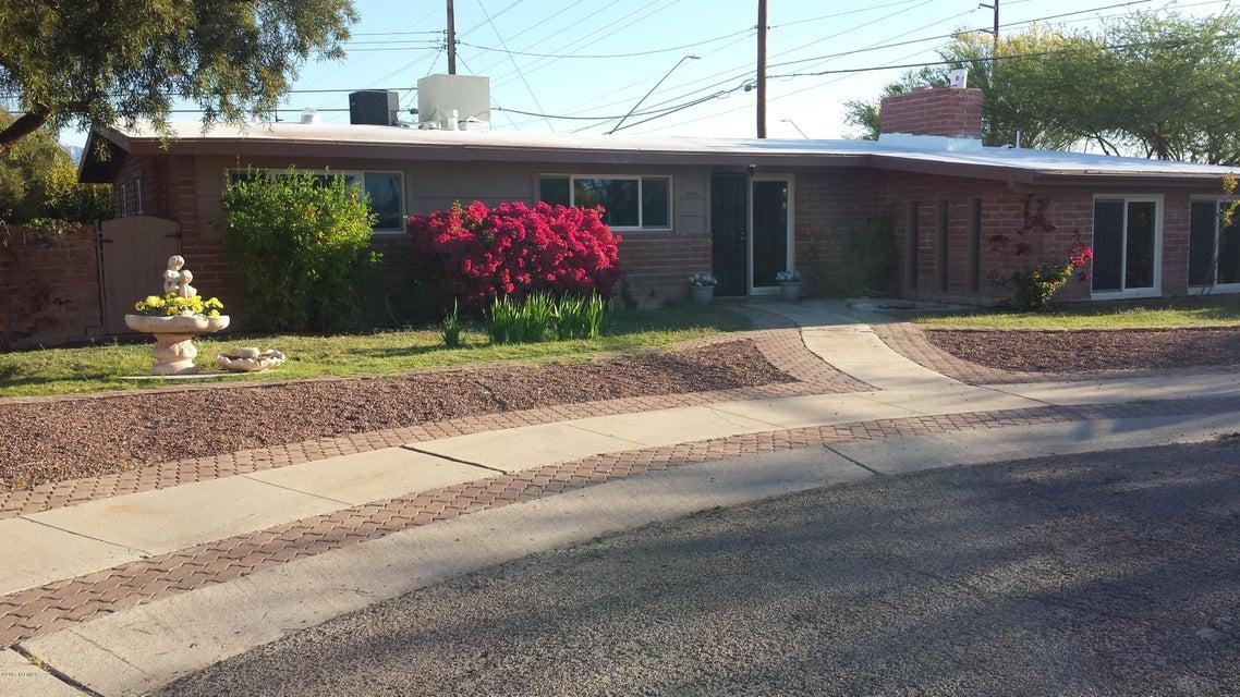 7063 E Hayne Place, Tucson, AZ 85710