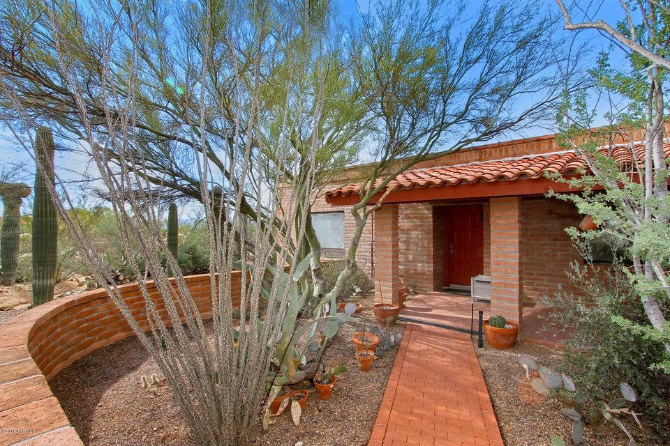 2955 W Gymkhana Way, Tucson, AZ 85742