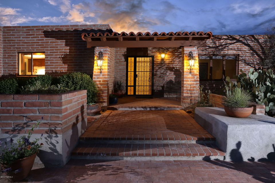 1185 E Via Entrada, Tucson, AZ 85718