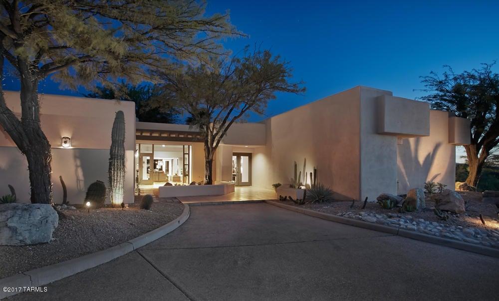 4820 N Via De La Granja, Tucson, AZ 85718