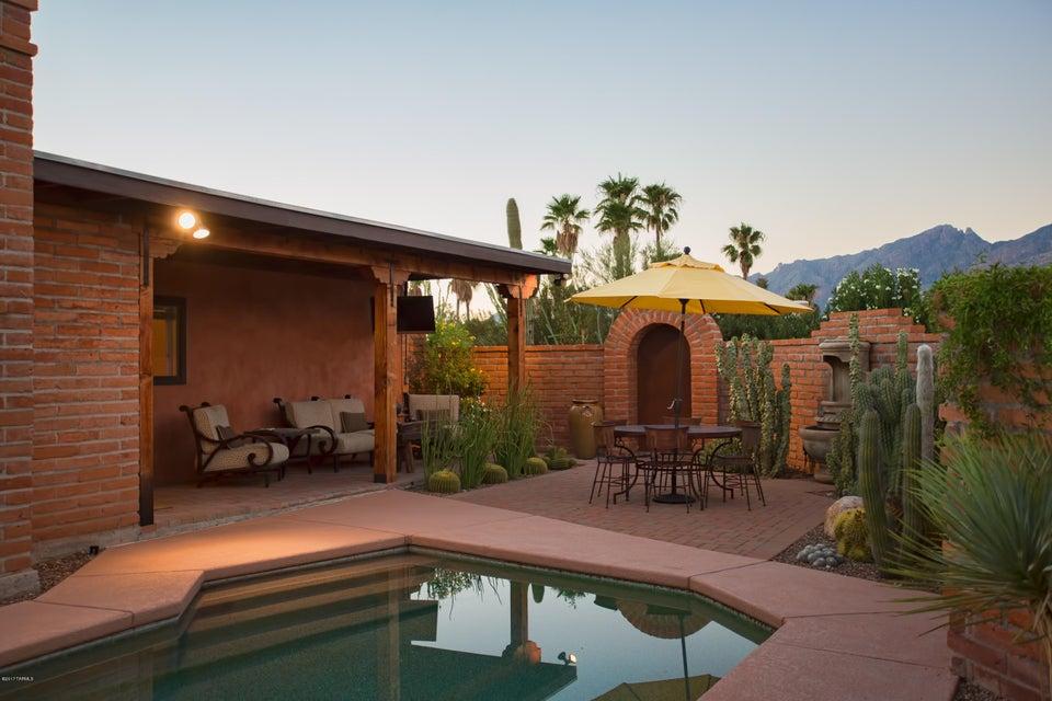 3820 N Calle Cancion, Tucson, AZ 85718