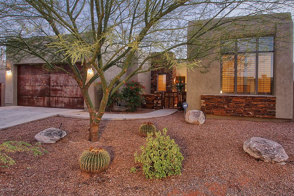 989 W Par Four Drive, Oro Valley, AZ 85755