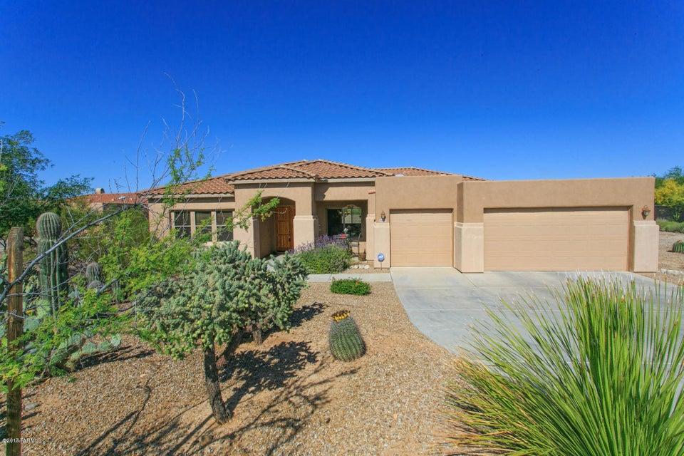 12029 N Washbed Drive, Oro Valley, AZ 85755