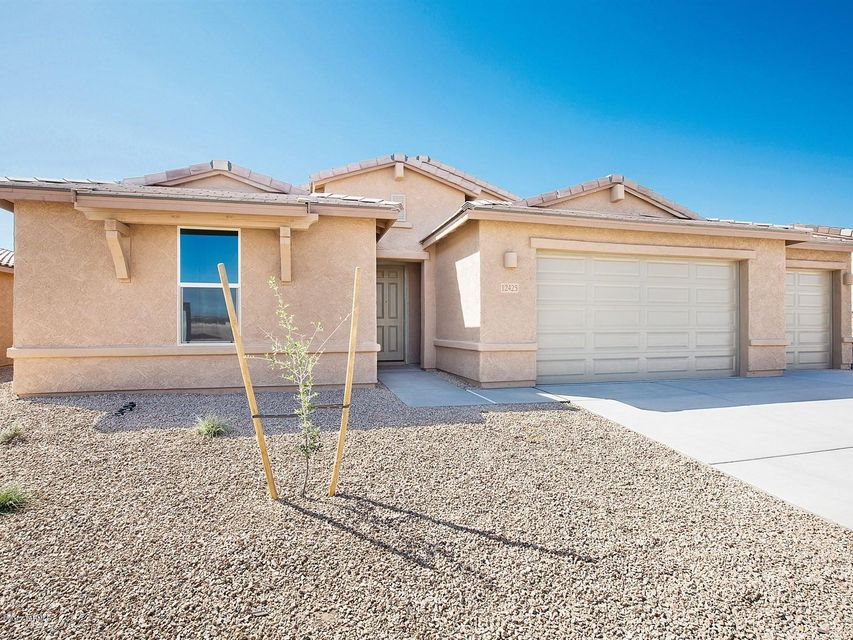 12425 N Willowvale Drive, Marana, AZ 85653