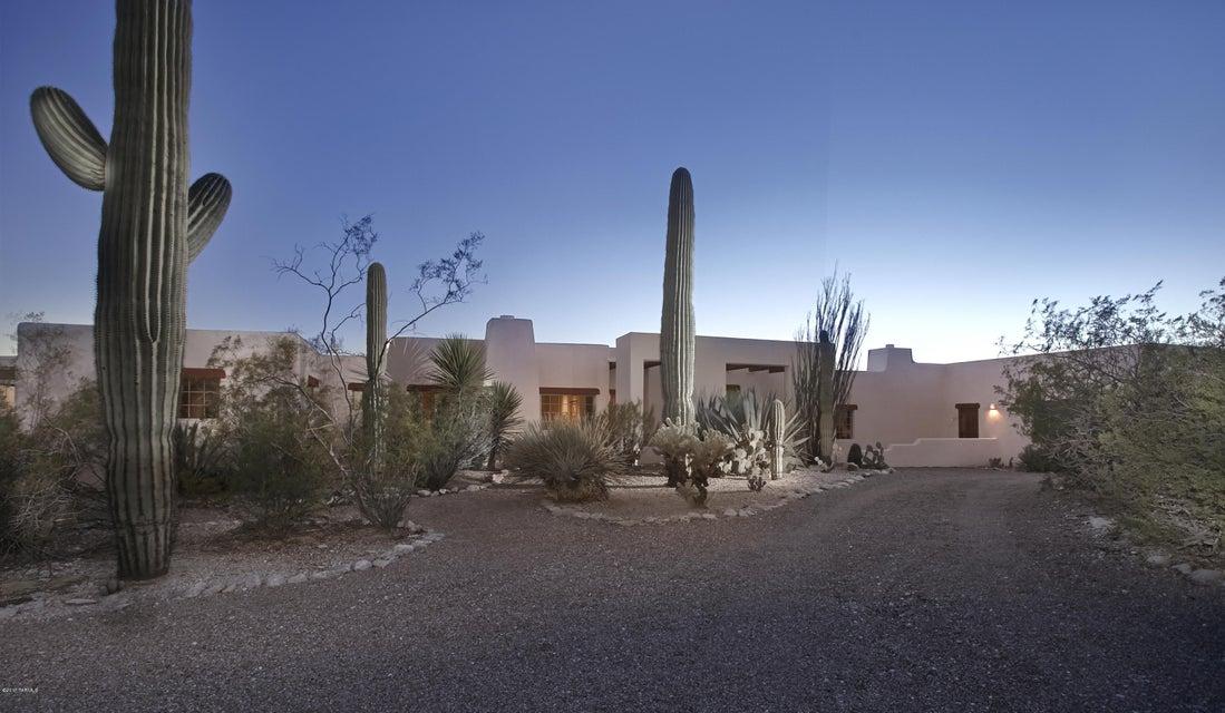 5330 N Via Celeste, Tucson, AZ 85718