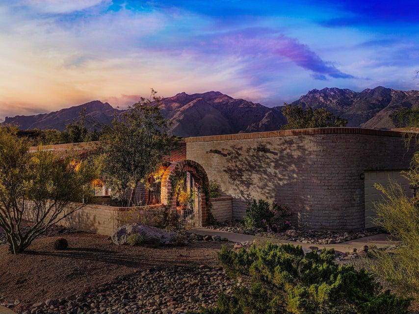 4851 N Territory Avenue, Tucson, AZ 85750