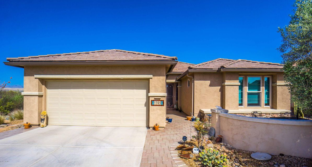 1705 E Night Heron Court, Green Valley, AZ 85614