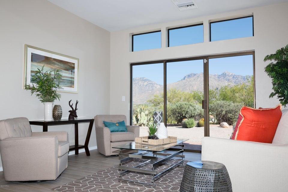 8305 E Snyder Road, Tucson, AZ 85750