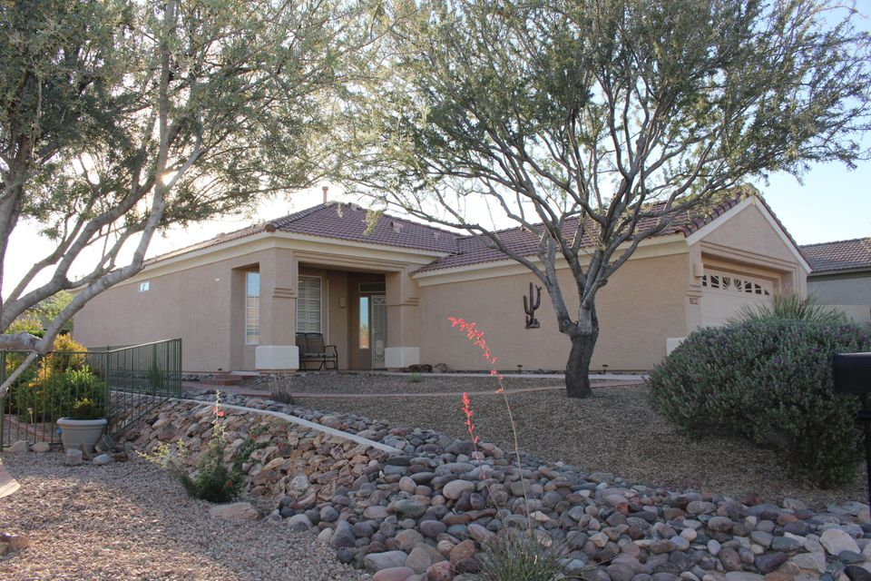13505 N Holly Grape Drive, Marana, AZ 85658