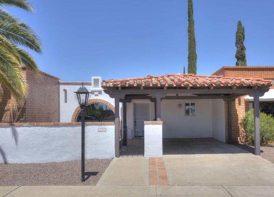 152 W Esperanza Boulevard, Green Valley, AZ 85614