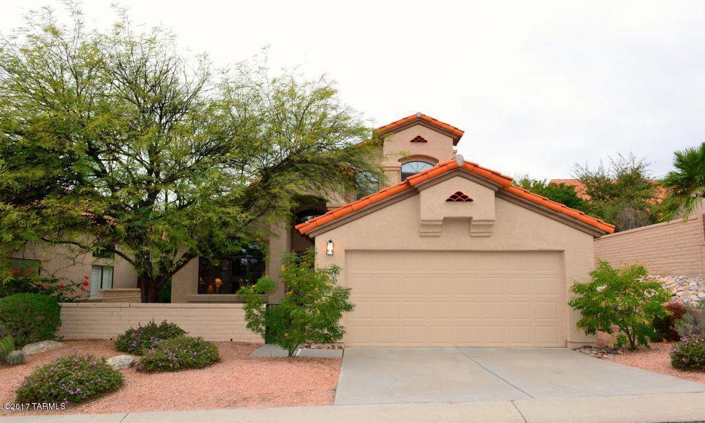 5997 N Moon Crest Drive, Tucson, AZ 85718