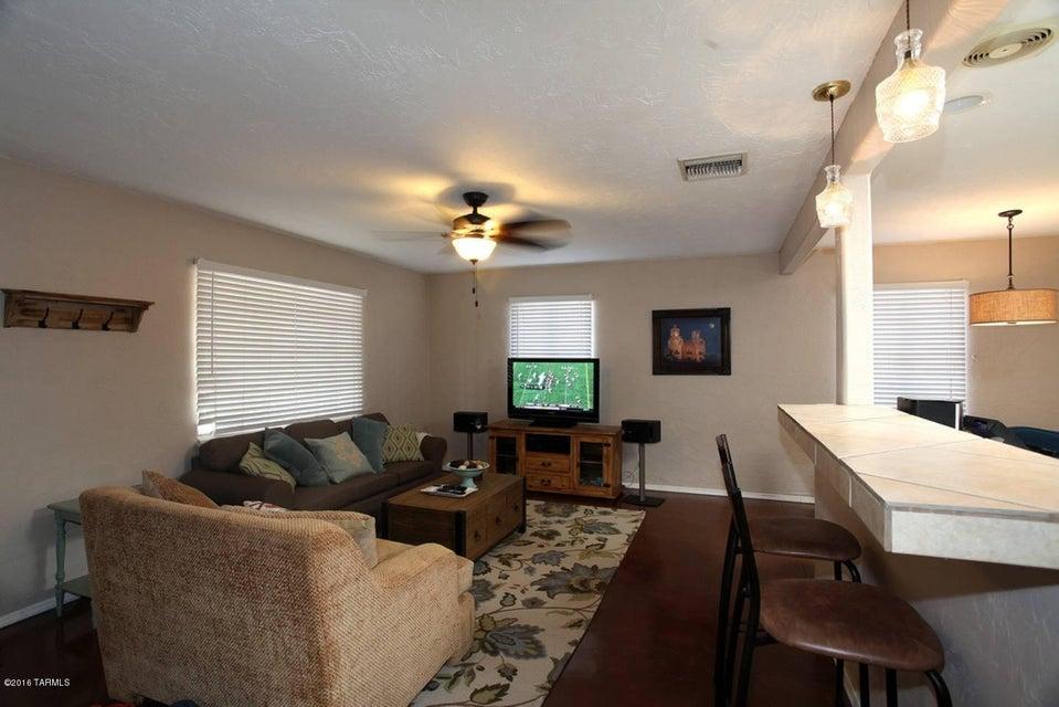 1040 E Edison Street, Tucson, AZ 85719