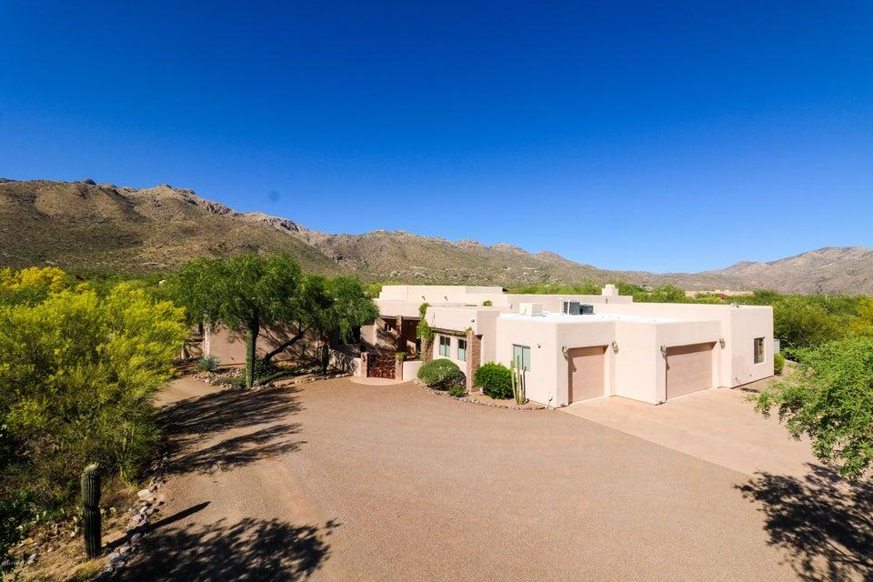 4900 N Melpomene Way, Tucson, AZ 85749
