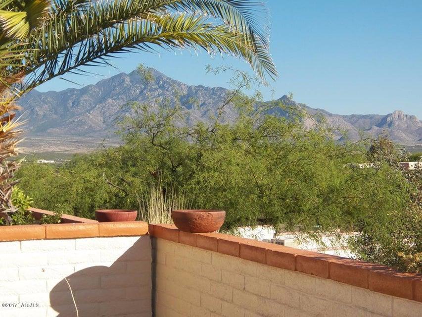 1115 W Camino Velasquez, Green Valley, AZ 85622
