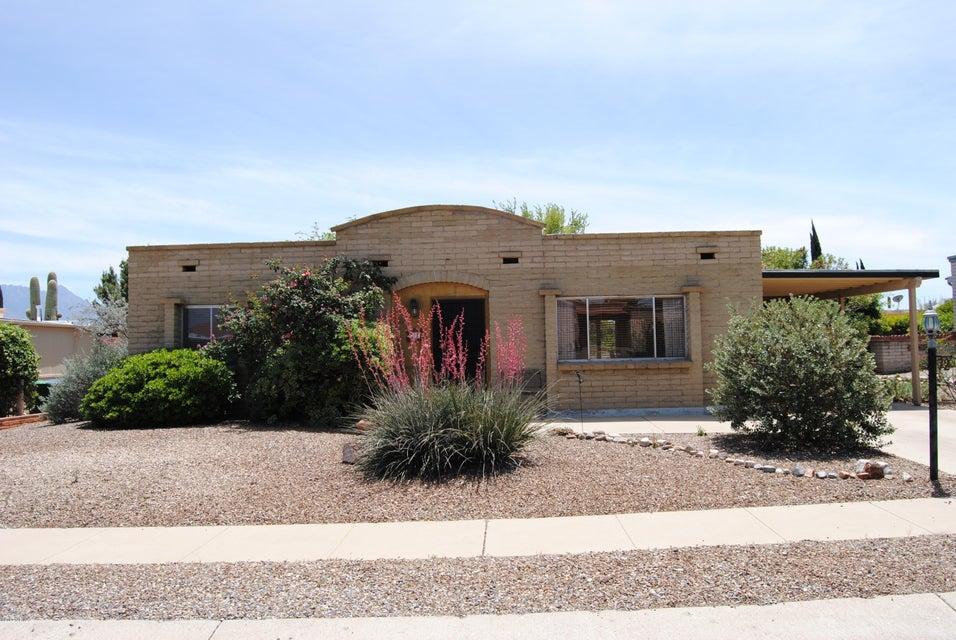 72 E La Pera, Green Valley, AZ 85614