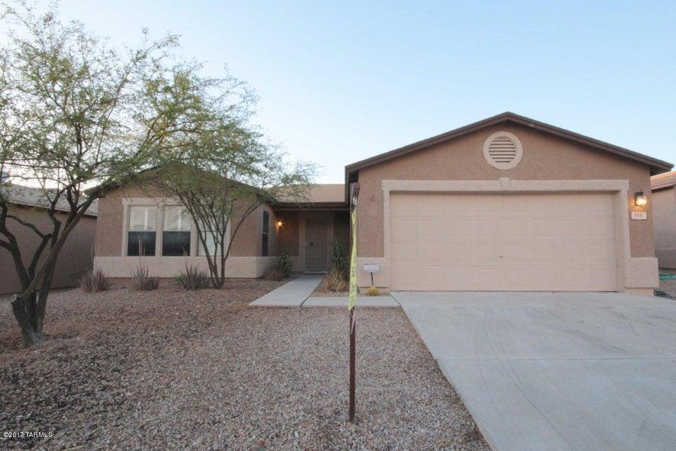 9991 E Deer Trail, Tucson, AZ 85748