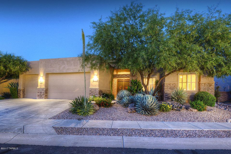 13842 N Slazenger Drive, Oro Valley, AZ 85755