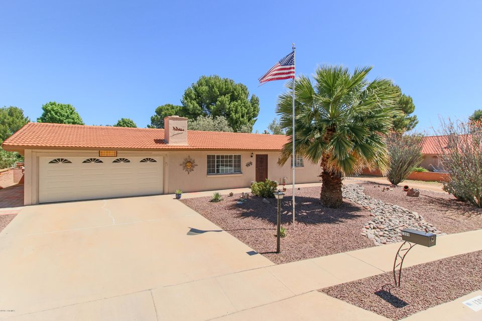 1306 N Paseo De Golf, Green Valley, AZ 85614