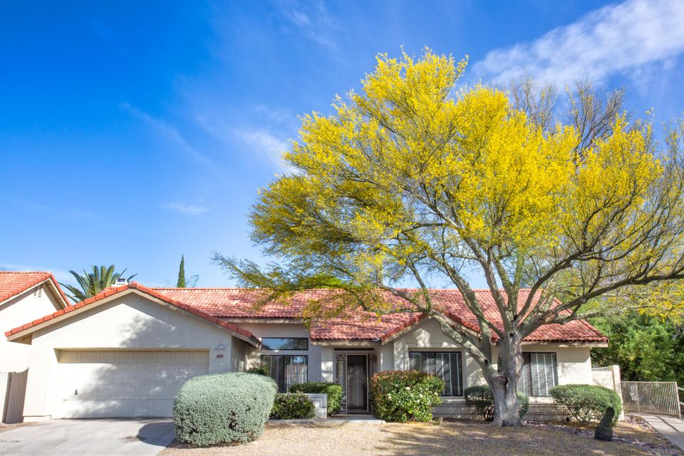 5495 N Waterfield Drive, Tucson, AZ 85750