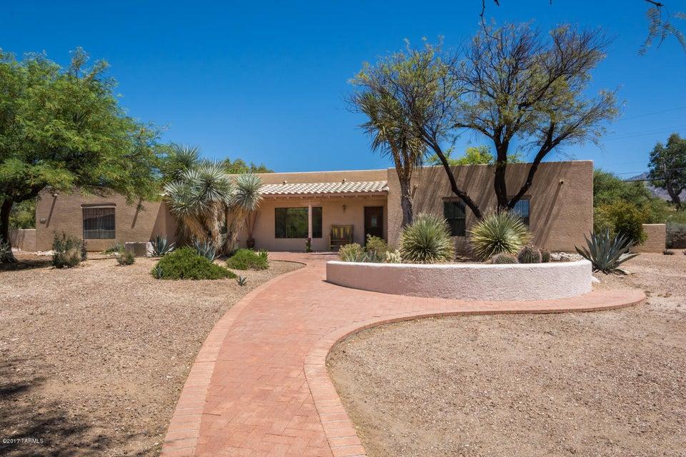 910 W Los Altos Road, Tucson, AZ 85704