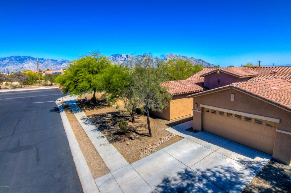 1419 W Red Creek Drive, Oro Valley, AZ 85737