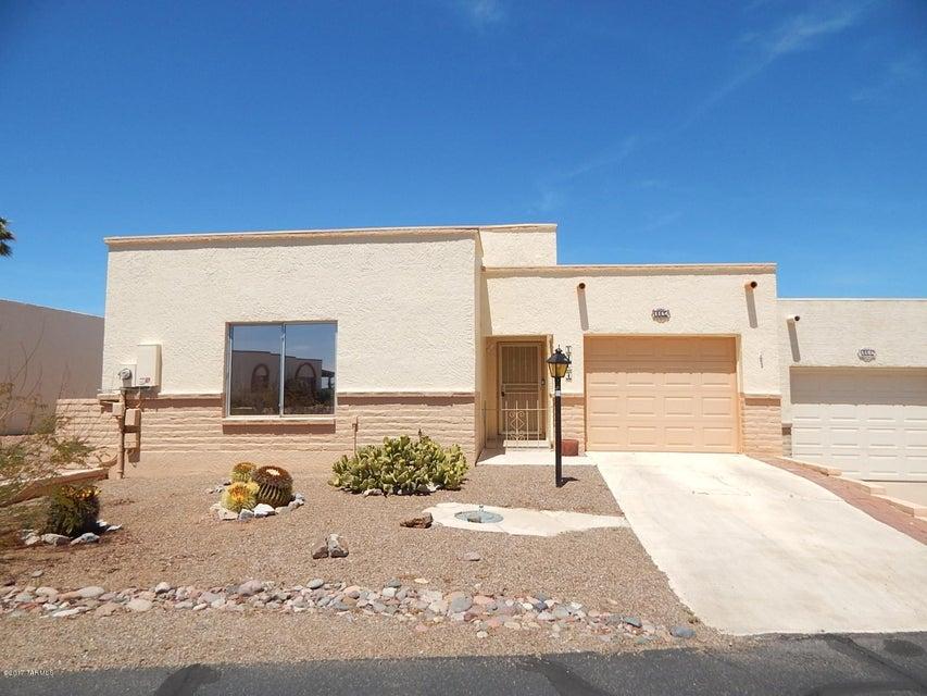 1164 W Camino Velasquez, Green Valley, AZ 85622