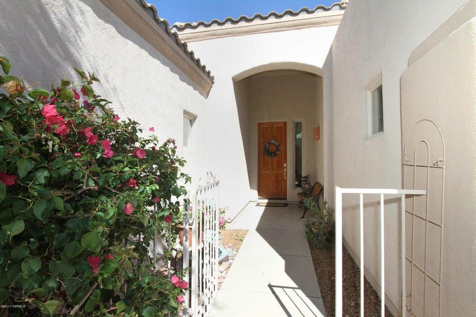 5226 N Spring View Drive, Tucson, AZ 85749