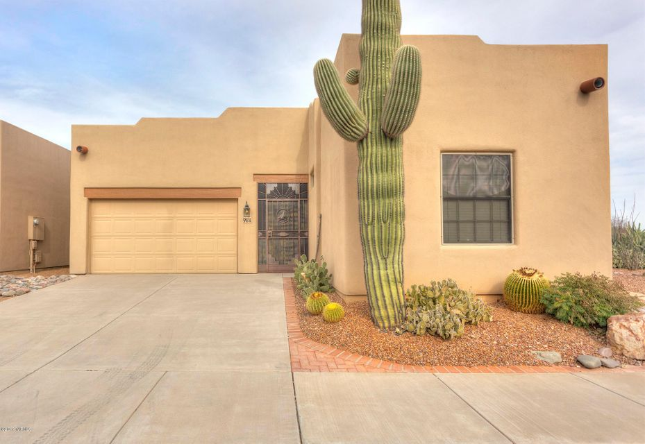 984 W Via De La Fonda, Green Valley, AZ 85614