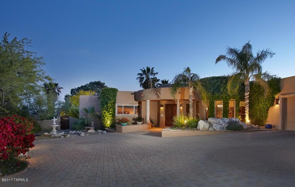 6561 N Mesa View Drive, Tucson, AZ 85718