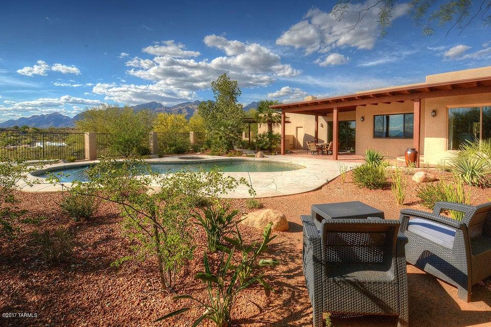 5960 E Avenida Arriba, Tucson, AZ 85750