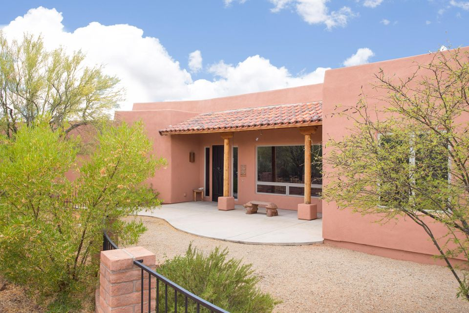 8644 S Long Bar Ranch Place, Vail, AZ 85641