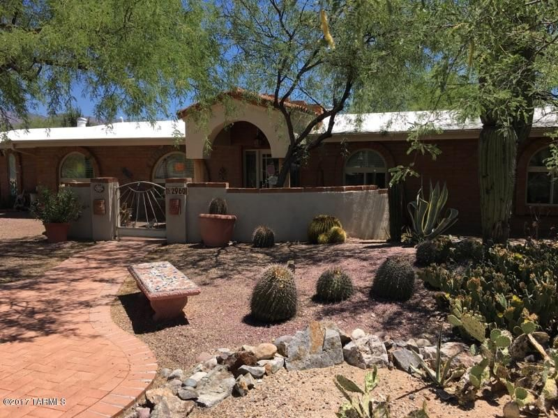 2960 N Tomahawk Trail, Tucson, AZ 85749