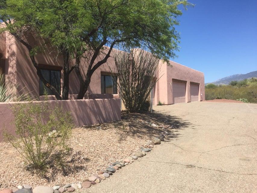 10555 E Pinal Vista, Tucson, AZ 85730
