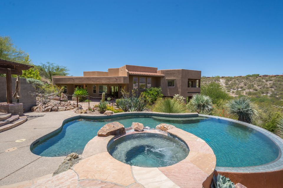 6713 E Snyder Road, Tucson, AZ 85750