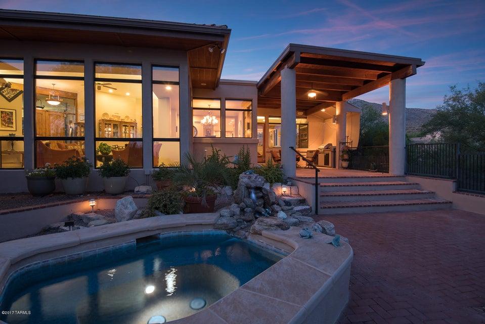 5546 E Paseo Bueno, Tucson, AZ 85750