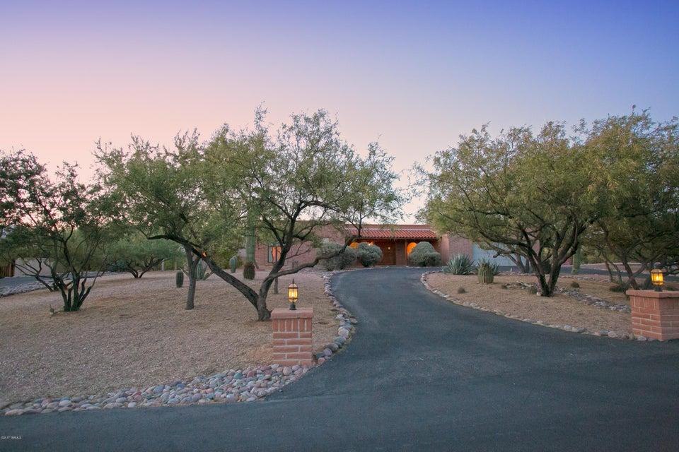 10061 E Prairie Dog Lane, Tucson, AZ 85749