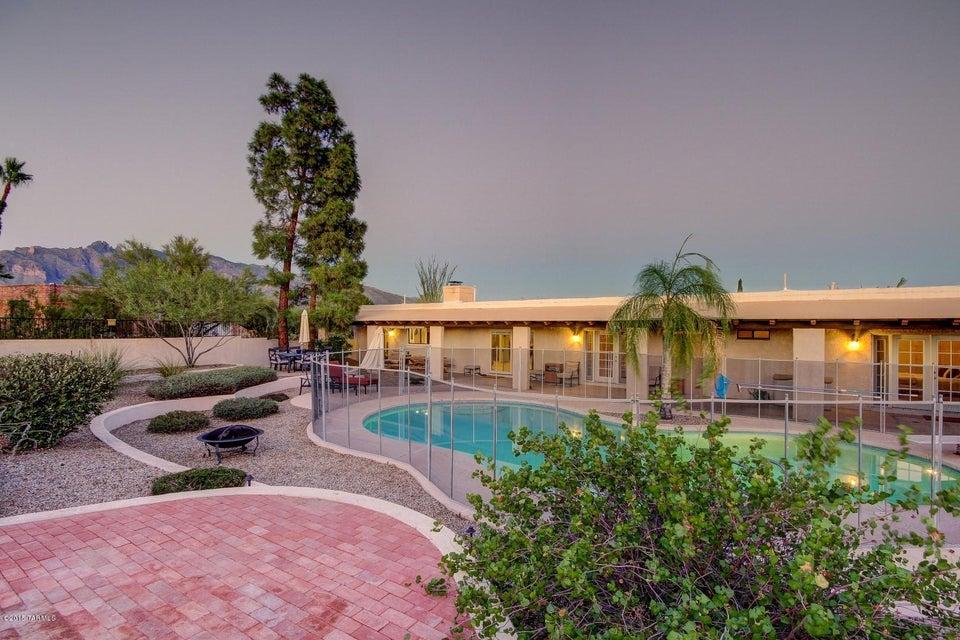 4955 N Via Condesa, Tucson, AZ 85718