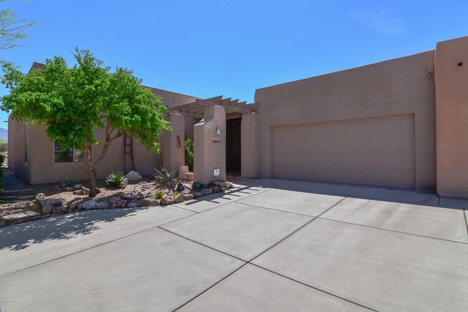 7687 S Galileo Lane, Tucson, AZ 85747