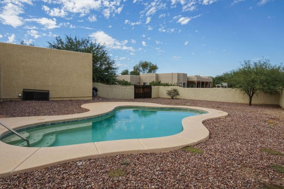 6860 W Chervil Place, Tucson, AZ 85743