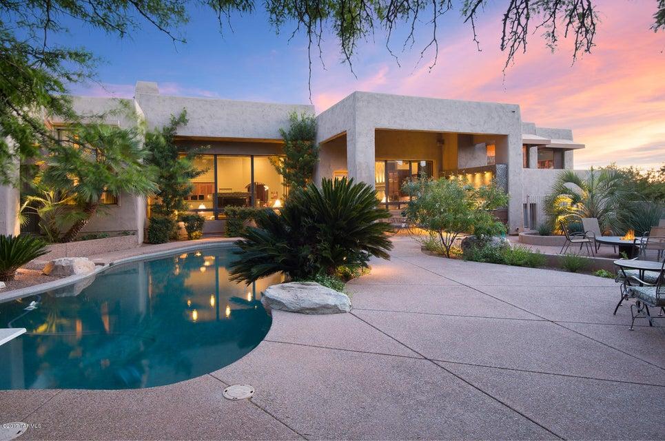 5500 N Via Alcalde, Tucson, AZ 85718