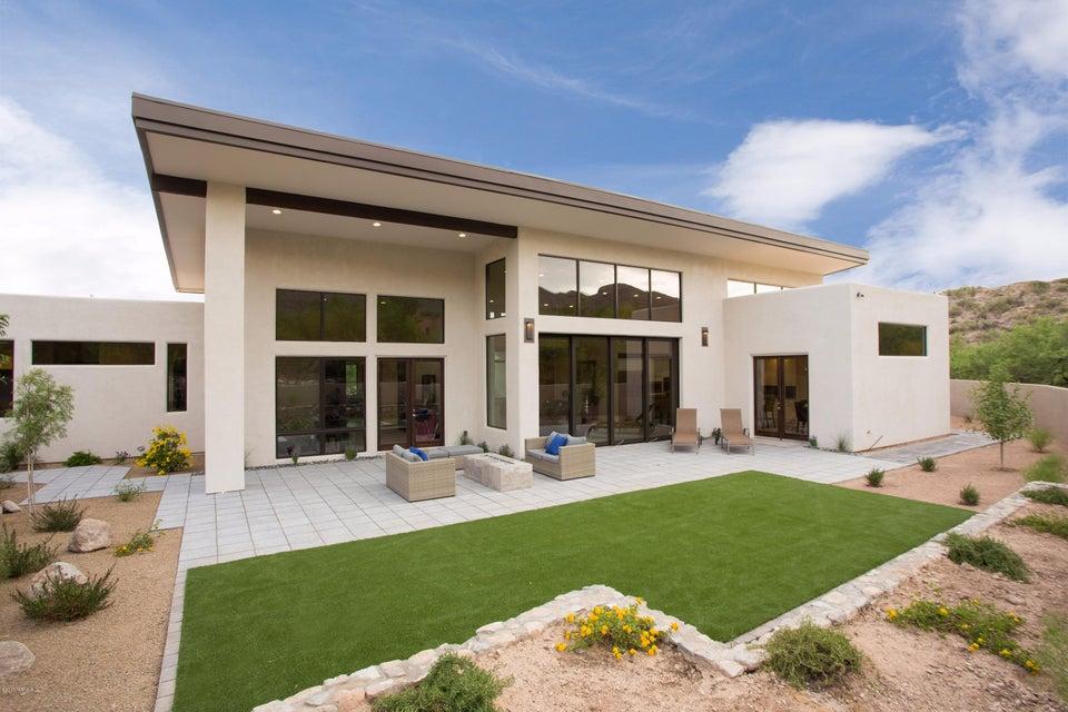 6946 N Mercer Spring Place, Tucson, AZ 85718