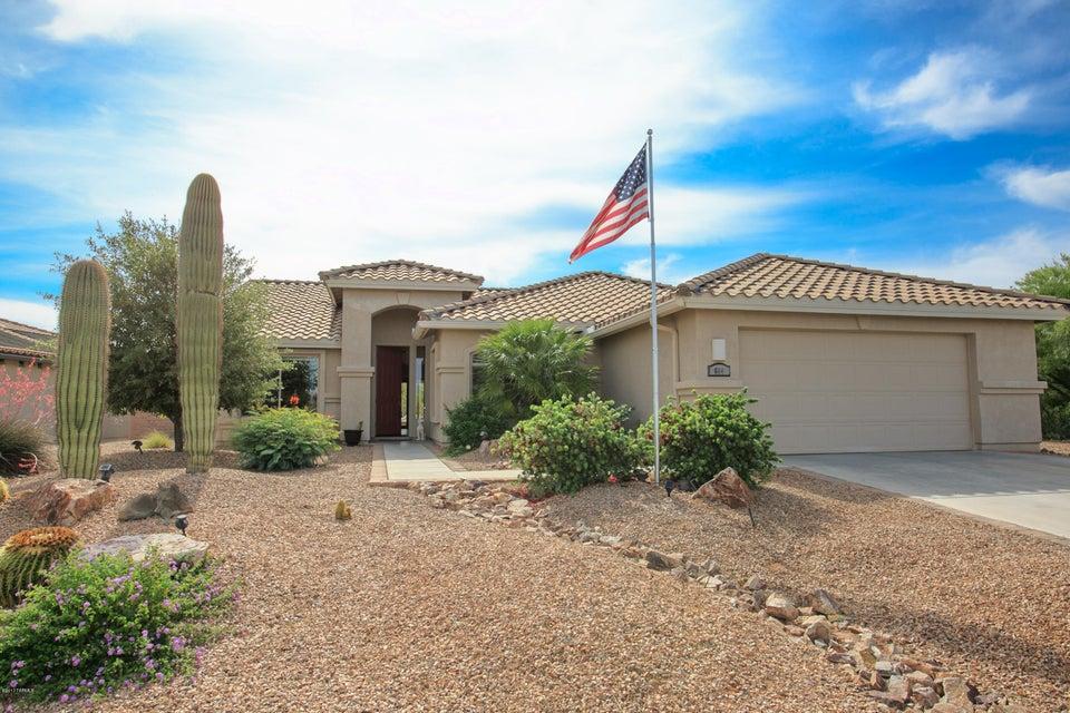 664 N Pebbles Ridge Drive, Green Valley, AZ 85614