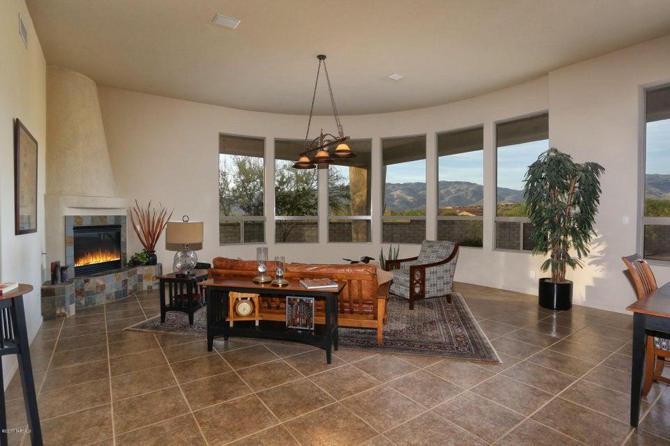 8692 S Tumbling H Ranch Place, Vail, AZ 85641