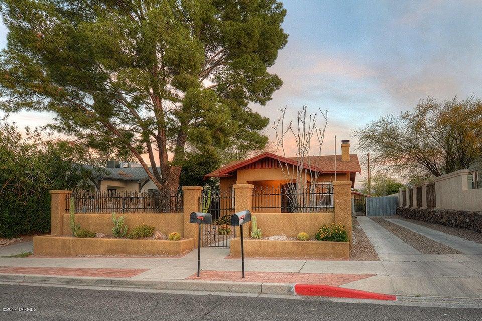2023 E Hawthorne Street, Tucson, AZ 85719