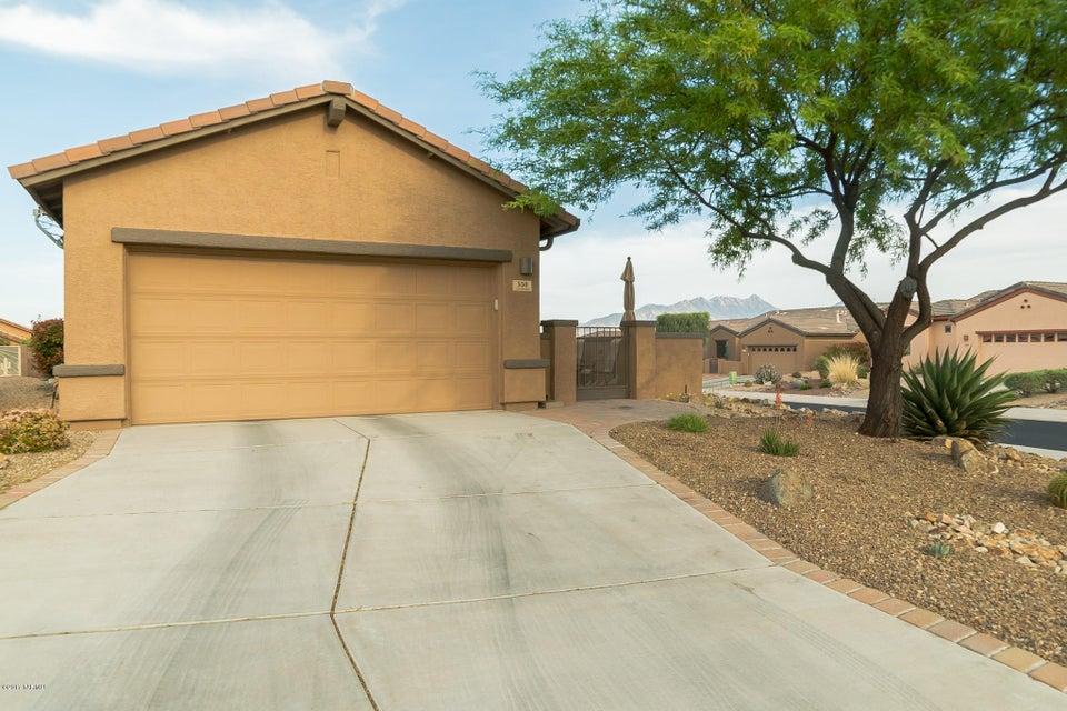 550 N Tunitcha Drive, Green Valley, AZ 85614