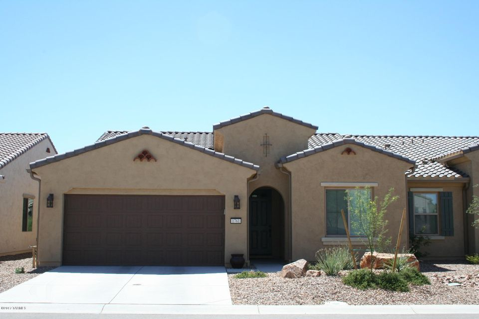 1761 E Mule Springs Drive, Green Valley, AZ 85614
