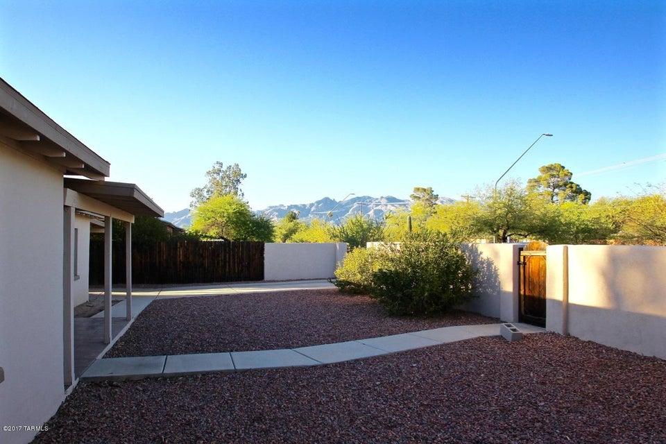 2109 N Tucson Boulevard, Tucson, AZ 85716