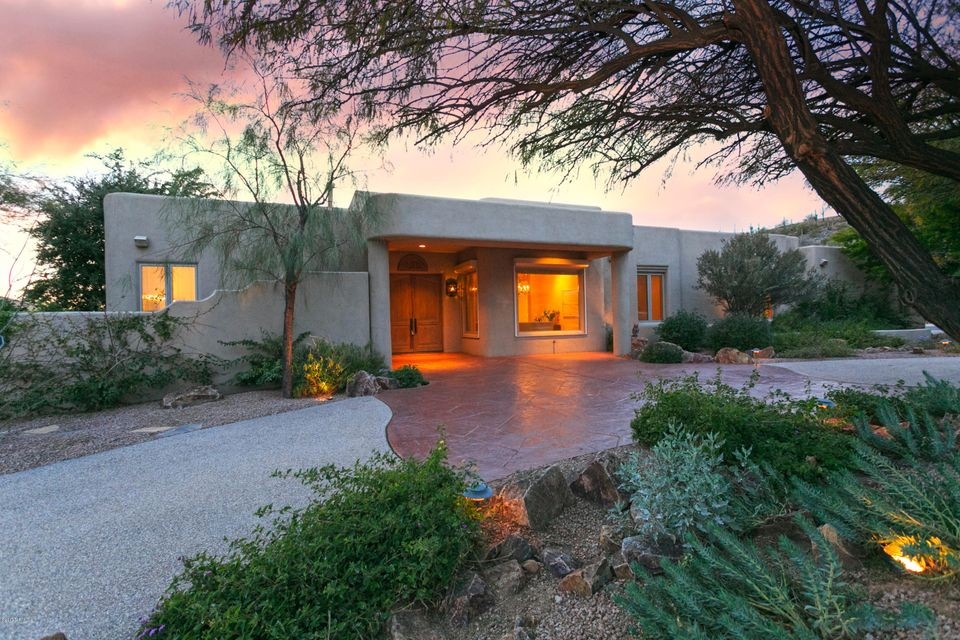 3825 N Mountain Cove Drive, Tucson, AZ 85750