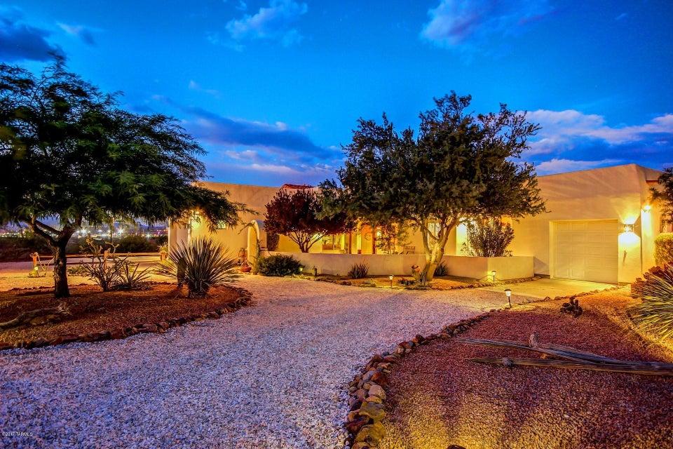 6180 W Ina Road, Tucson, AZ 85743